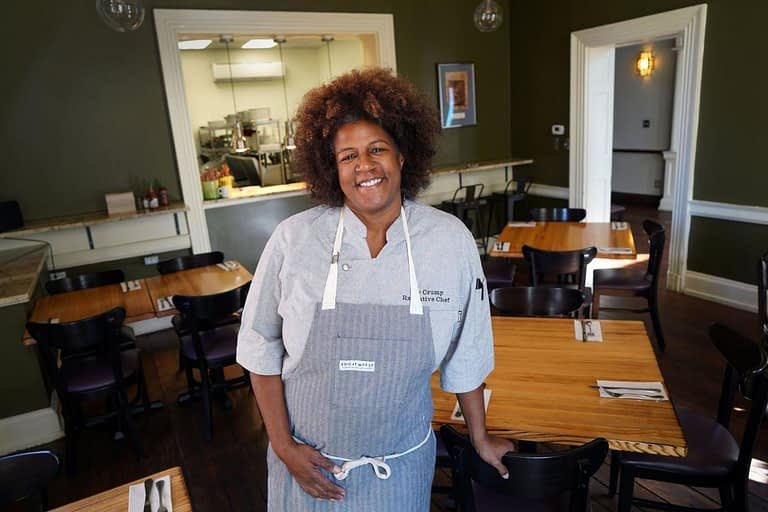 Foode Chef Joy Crump Big on Community